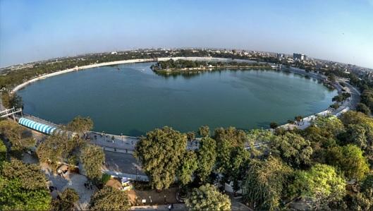 Kankaria Lake Front