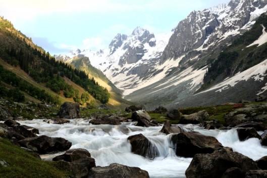 Thajiwas Glacier, Jammu and Kashmir