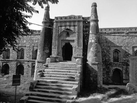 Khirki Masjid, Saket