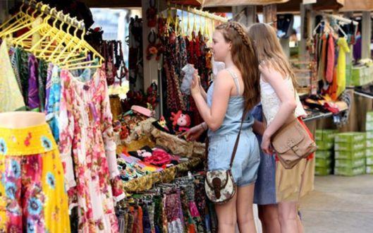 street shoppig